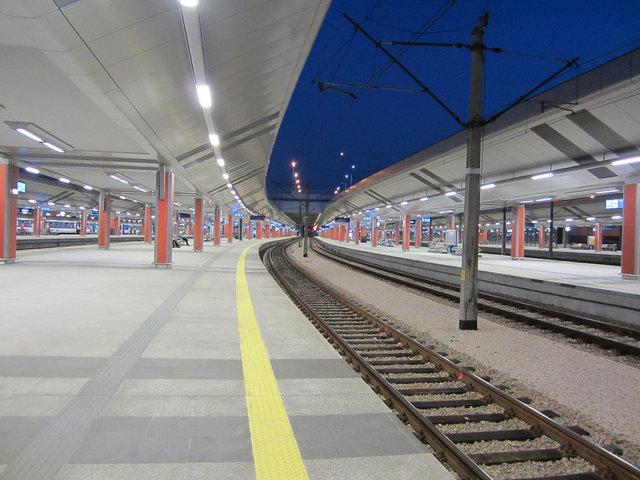 クラコフ 駅舎 (4)