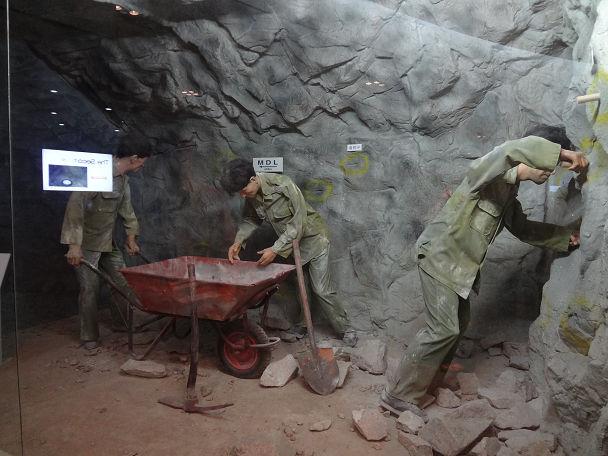 15DMZツアー地下トンネル (16)