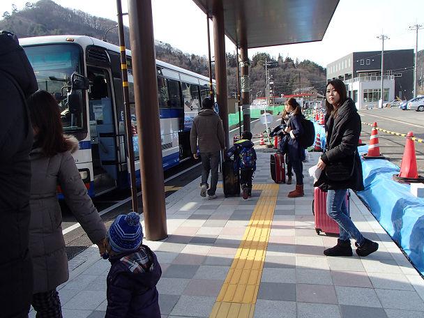 6バスで草津 (4)