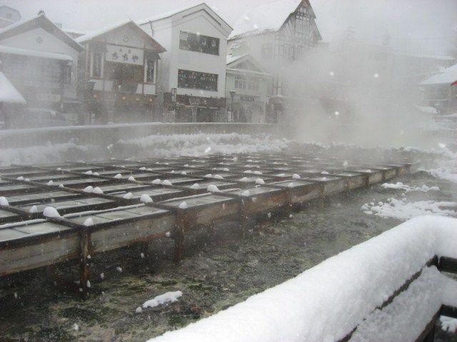 草津温泉 雪1