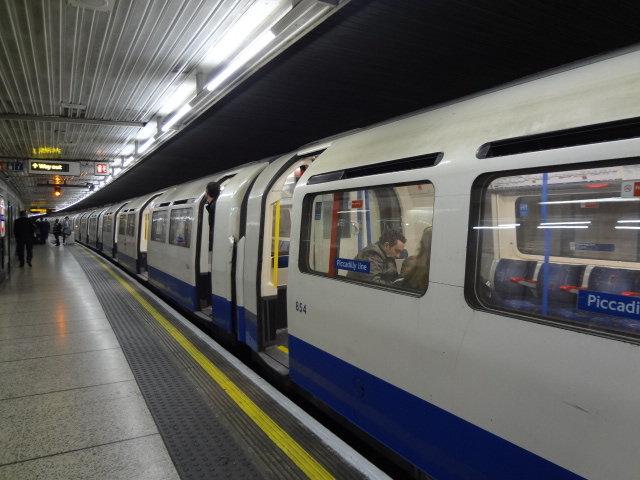 ロンドン地下鉄 201305 (4)