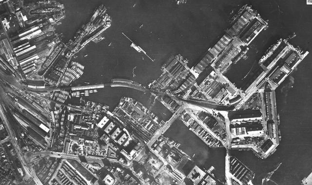 横浜1−1 1945