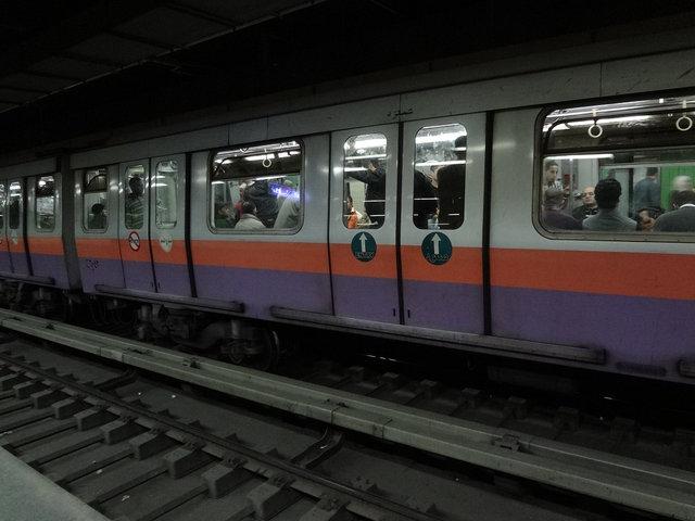 カイロ 地下鉄201212 (2)s