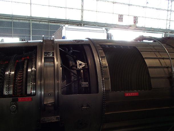 14-1 F15エンジン (4)