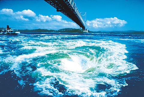 徳島 鳴門の渦潮