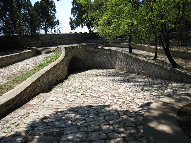 17 明陵墓 (8)