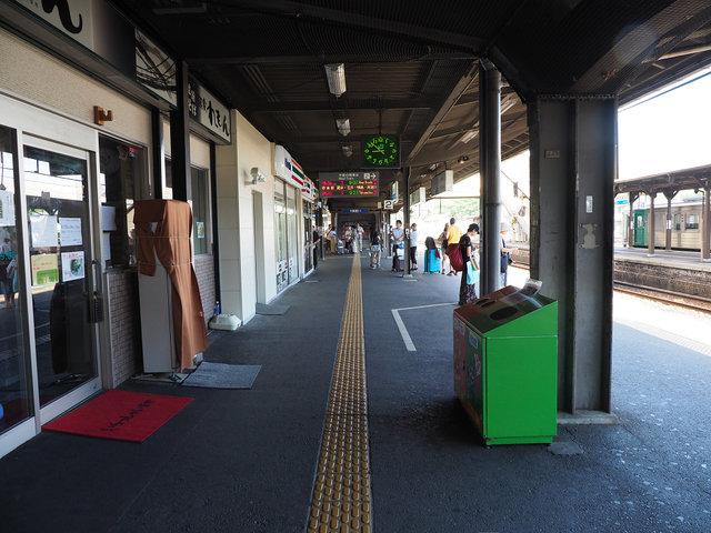 9 徳島駅構内 (4)