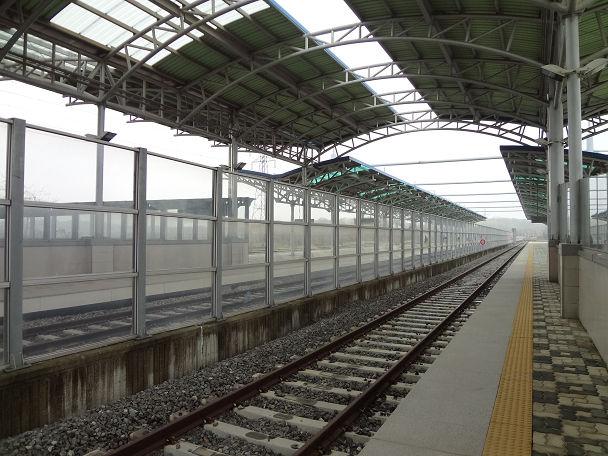 13DDMZツアー 駅 (13)
