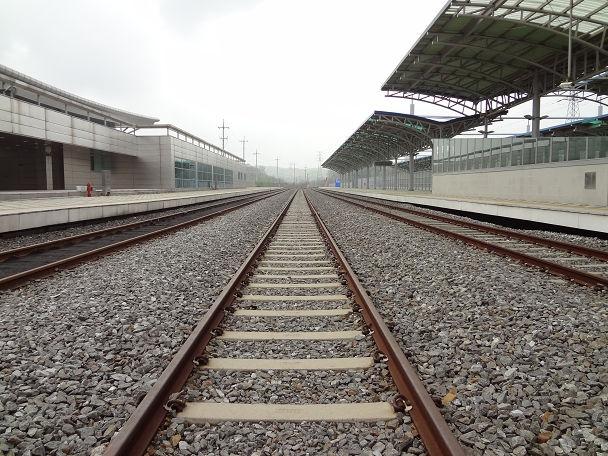 13DDMZツアー 駅 (12)