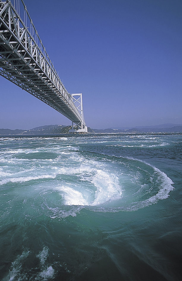 徳島 鳴門の渦潮1