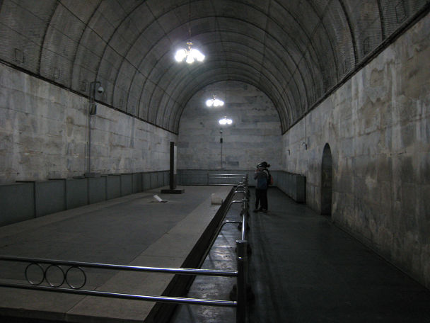 17 明陵墓 (14)