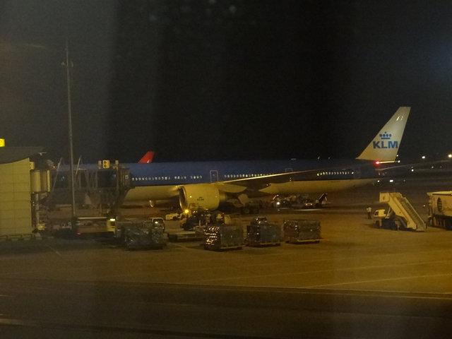 28 KLM