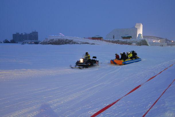 雪上バナナボート (1)