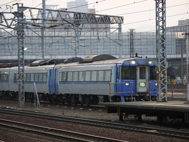3 キハ183系 (3)
