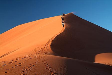 dune45_climb