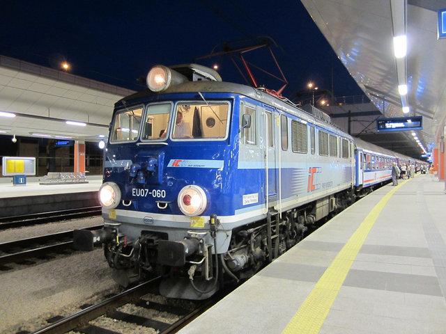 クラコフ 長距離列車 (1)