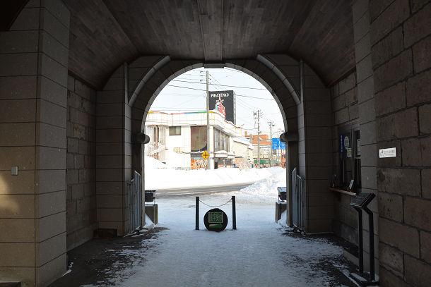 3トンネル