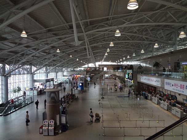 28 釜山空港 (1)