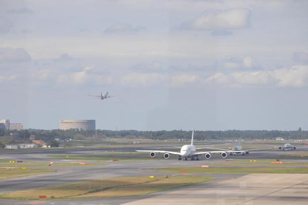 成田 飛行機写真 (2)