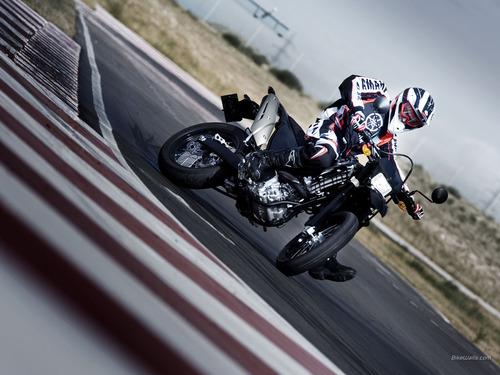 Yamaha_WR250X_2008_03_1024x768