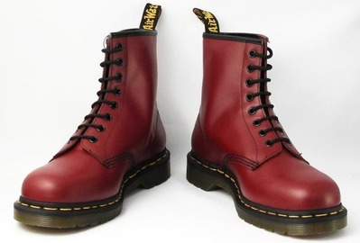 Dr-Martens-1460-8EYE-BOOTS-CHERRY-RED-2