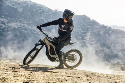 【電動バイク】セグウェイから発表された近未来な電動オフロードバイク٩( 'ω' )و
