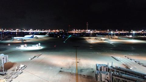 haneda airport 夜景