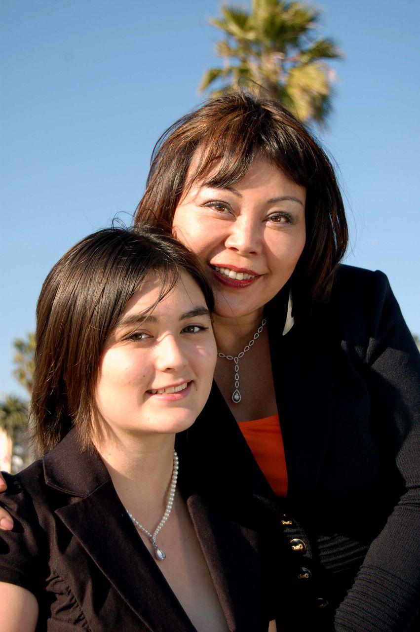 Yukari and Sarah 419 edit