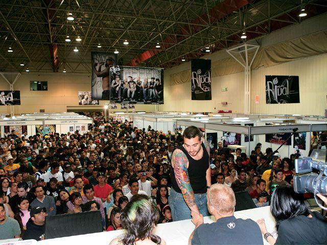lrap_0809_14_z+tattoo_expo_monterrey_mexico+stage