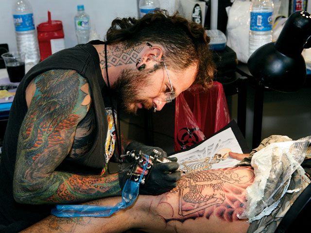 lrap_0809_02_z+tattoo_expo_monterrey_mexico+tattooing
