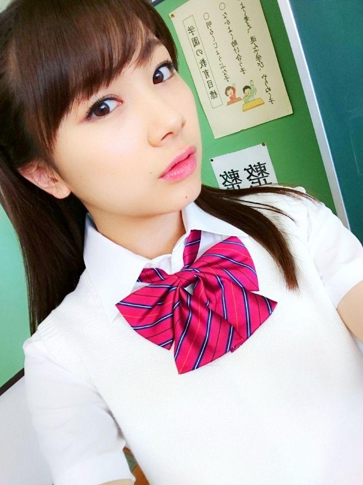 制服姿の石田亜佑美きたあああああああああああああああああああああああああああああああ!!!!!!!!!!!!!!!