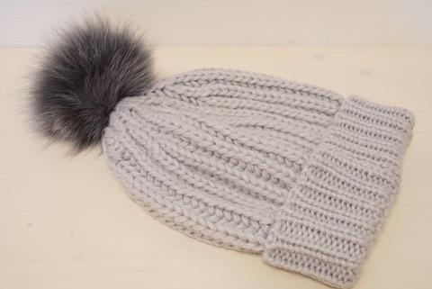 PLSTボンボンニット帽4
