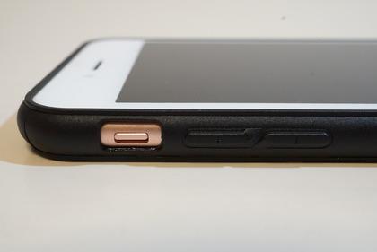 マリリン似iPhoneケース15