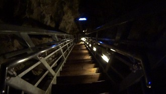 龍泉洞25