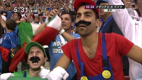 【スポーツ】真剣にサッカー観戦する気ないだろwwwwww