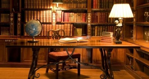 antique_library_desk-wallpaper-480x272