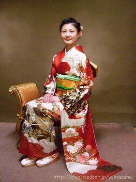 yuko_v_kimono