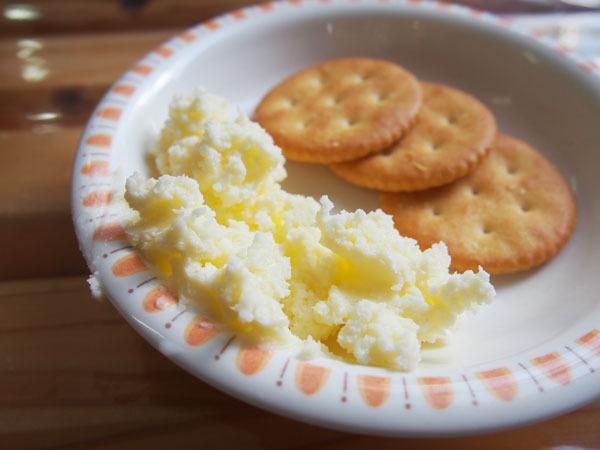 牧場 バター作り