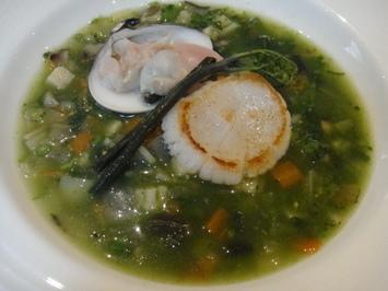 ほたてとあさりと野菜スープ