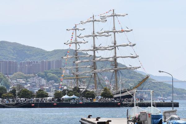 長崎帆船まつりと護衛艦 (12)