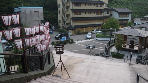37湯涌温泉野外ステージ広場
