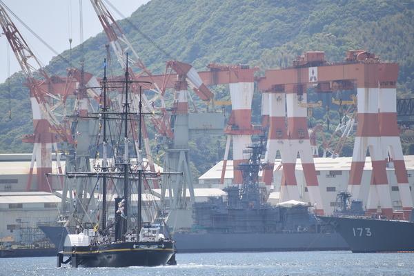 長崎帆船まつりと護衛艦 (18)