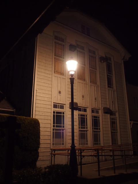 夜の竹原・歴史民俗資料館