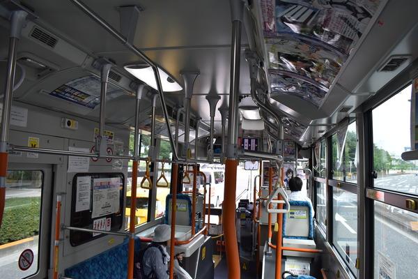FAガールラッピングバス (16)