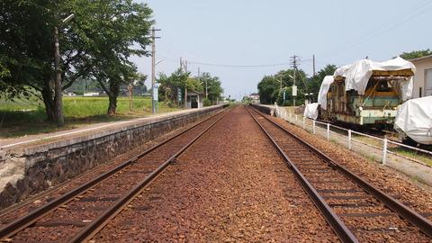 27西岸駅線路