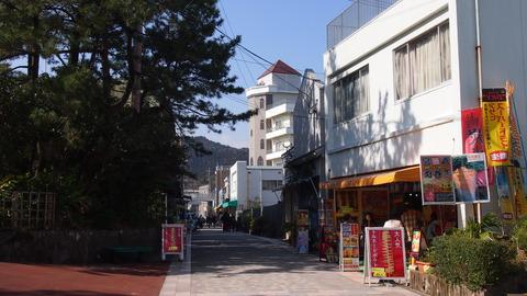 青島参道商店街青島側入り口