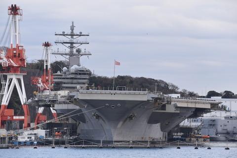 横須賀軍港めぐり (593)