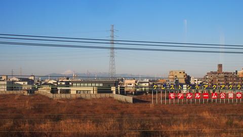 11東京までの車窓富士山