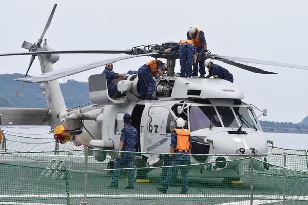 ヘリ搭載護衛艦「いせ」@唐津港 (40)