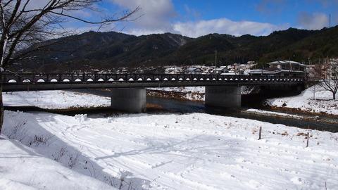 20駅への橋